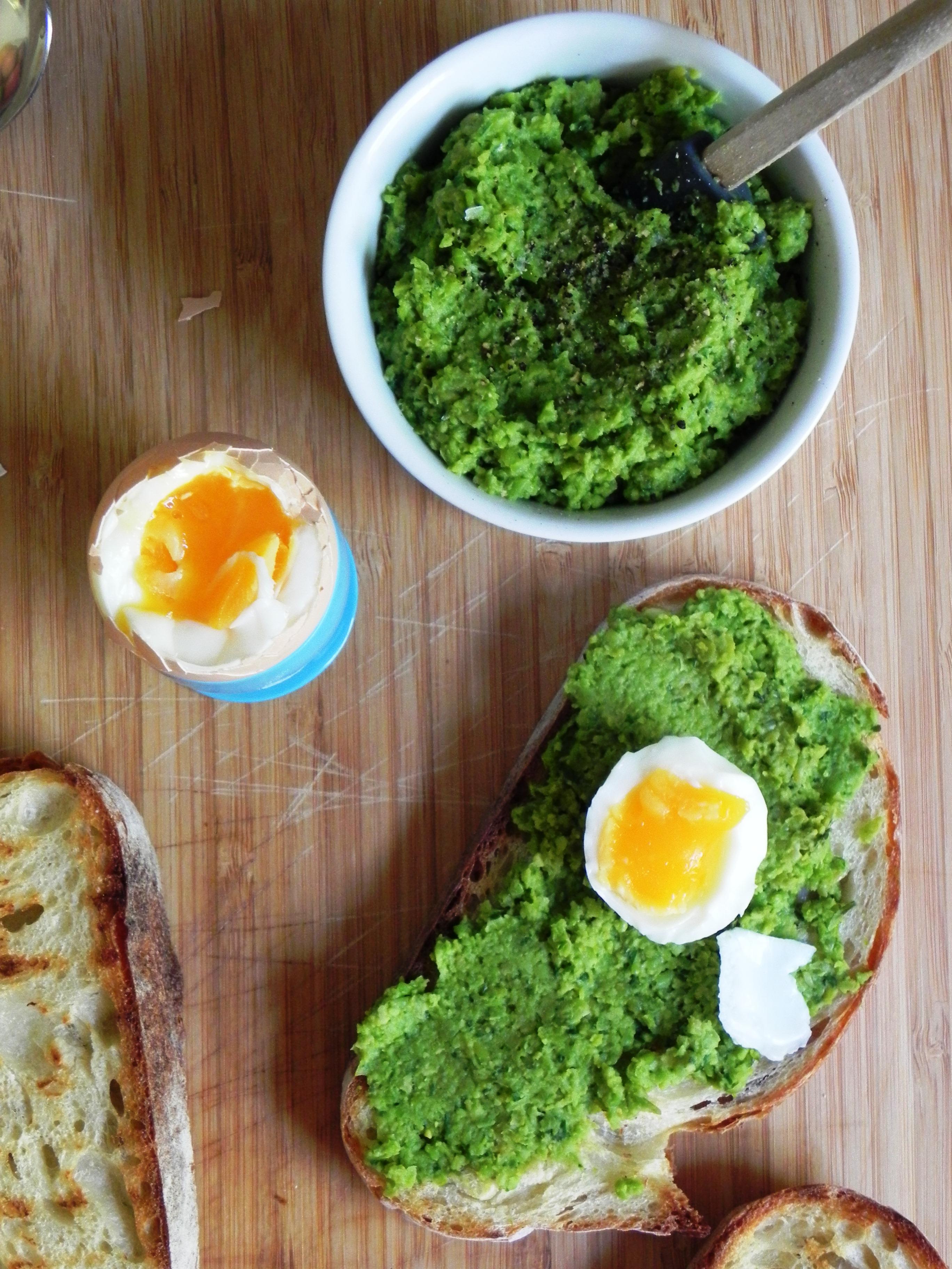 Mushy Peas: The Best Way to Use Frozen Peas? | VORACIOUS VEGGIE